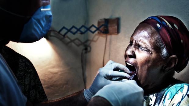 Denthiopía lleva en la maleta salud dental para los etíopes