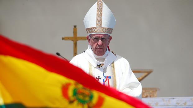 El papa Francisco oficia una misa multitudinaria hoy, jueves 18 de enero de 2018, en la playa de Lobito de la ciudad de Iquique (Chile)