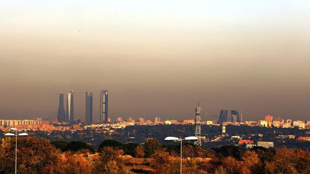 La «boina» es visible desde las afueras de Madrid