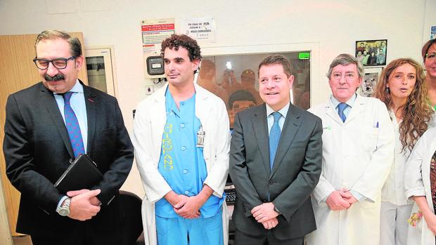 Page en una visita a un centro hospitalario de Castilla-La Mancha