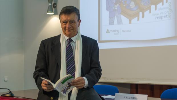 Jorge Milia presenta su libro «De la edad feliz» en el Arzobisbapo de Madrid