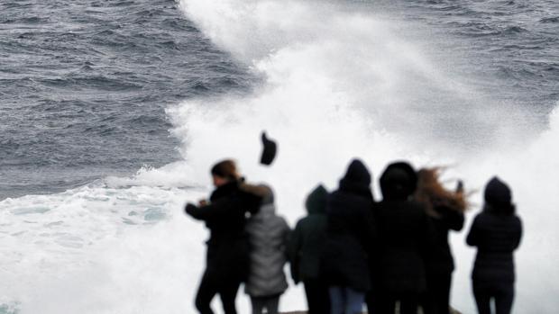 El temporal ha producido grandes olas en La Coruña