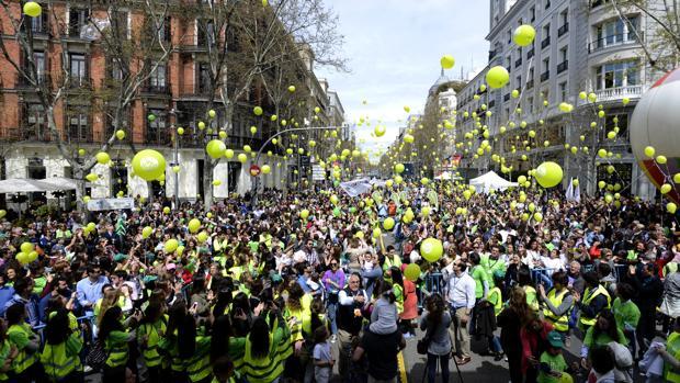 Suelta de globos al final de la jornada «Sí, a la vida», celebrada este domingo en el centro de Madrid