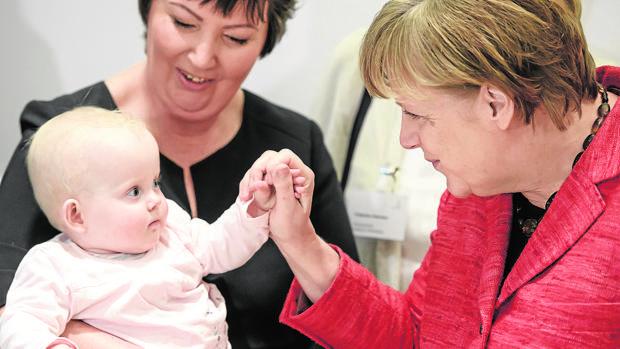 Angela Merkel durante la presentación de una campaña de natalidad en Berlin