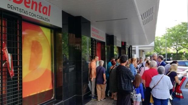 iDental ha cerrado sus clínicas en España
