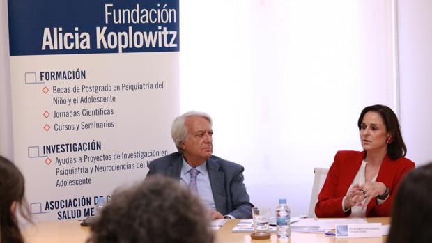José Leoncio Areal, Patrón secretario de la Fundación y María Concepción Guisasola, Coordinadora científica