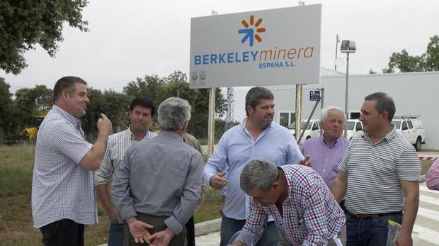VAarios alcaldes de localidades cercanas a la futura mina de uranio de Berkeley Minera
