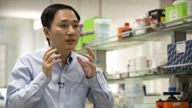 He Jiankui, el científico que ha manipulado el ADN de dos gemelas tras su concepción para no contraer el virus del sida
