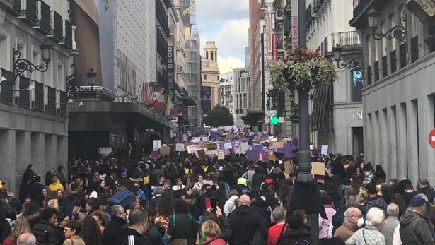 La huelga estudiantil en la calle Preciados de Madrid