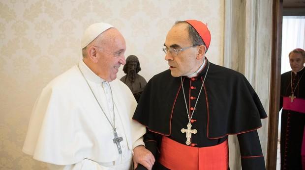El papa Francisco recibe al arzobispo de Lyon, el cardenal Philippe Barbarin
