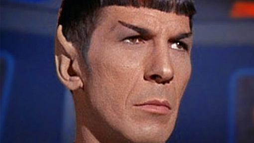 Leonard Nimoy, en su papel de Spock