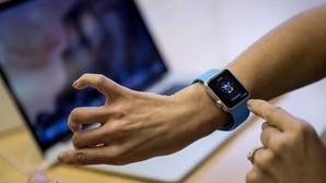 «Smartwatches»: entre el éxito, el humo y la revolución