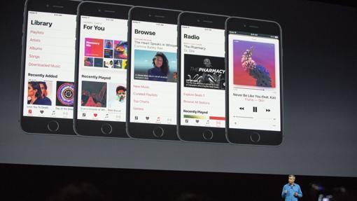 Eddy Cue, vicepresidente de Apple, presenta el nuevo sistema operativo
