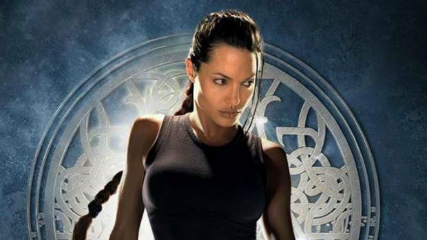 Angelina Jolie en el papel de Lara Croft, la heroína en Tomb Raider