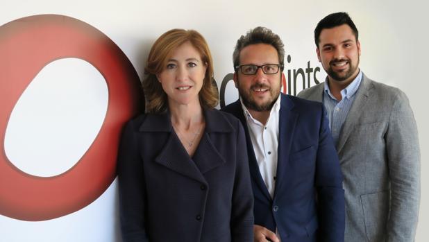 De izquierda a derecha, Laura Urquizu, Josep Coll y David Casellas