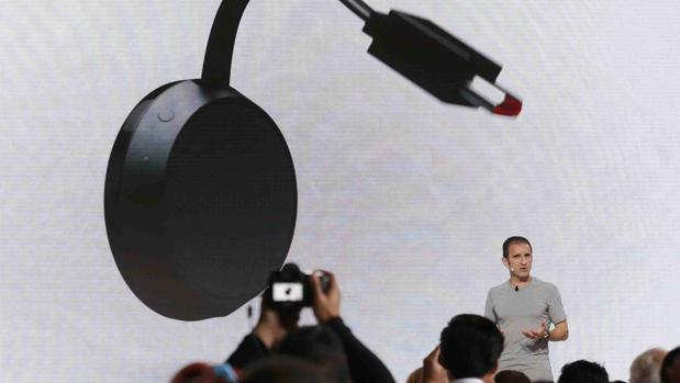 Presentción de la nueva versión del reproductor multimedia de Google, Chromecast Ultra, en San Francisco, California