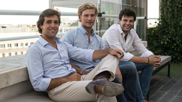 De izquierda a derecha, Jorge Schnura, Philip von Have y Eiso Kant