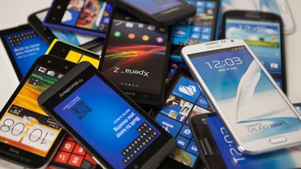 Los españoles se decantan por la compra de «smartphones» usados