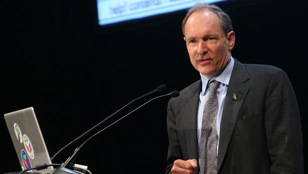 El científico británico Tim Berners-Lee durante una visita a España