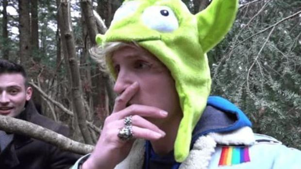 Logan Paul en un momento del vídeo subido a su canal de YouTube