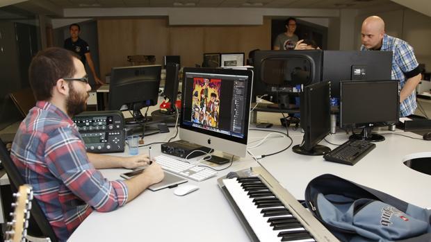 En España, 8.790 personas se dedican a la industria de los videojuegos