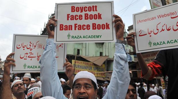 Facebook fue una plataforma de expresión para las primaveras árabes, aunque las «fake news» demostraron su «lado oscuro»