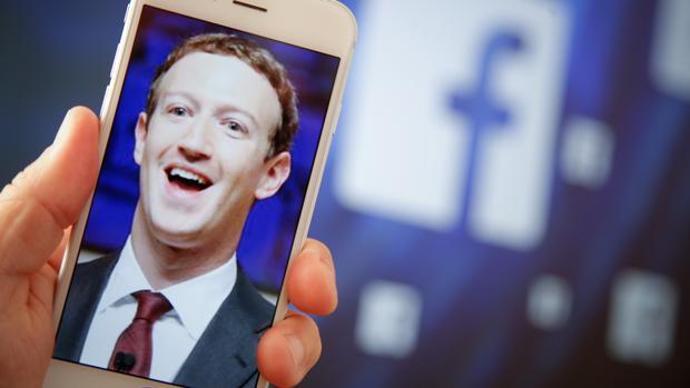 La compañía de Mark Zuckerberg recompensará a quien le avise de «apps» abusivas