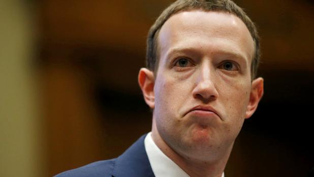 Mark Zuckerberg en su comparecencia ante el Congreso de los Estados Unidos