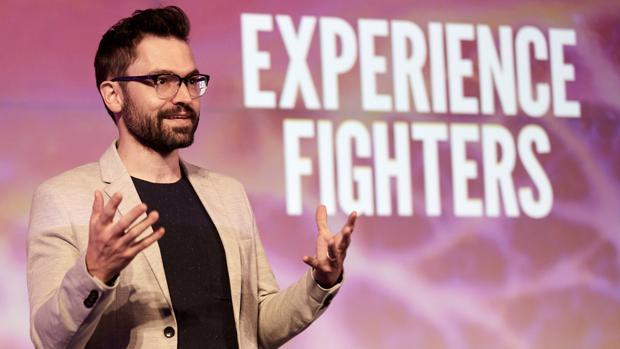 Julio Obelleiro, emprendedor, durante su conferencia en Experience Fighters