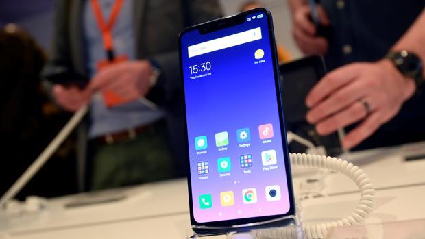 Xiaomi Mi 8 con pantalla AMOLED