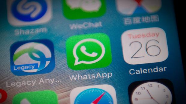 El truco de WhatsApp para dejar de recibir mensajes de una persona sin bloquearla