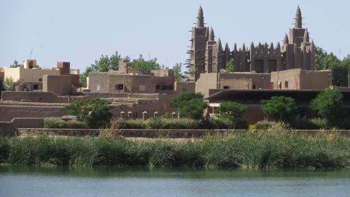 Mopti es el centro comercial regional y puerto fluvial más importante de Malí