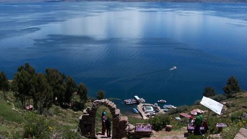 Vista del Lago Titicaca desde Taquile