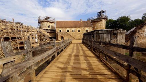 Chateau de Guedelon, cerca de Treigny