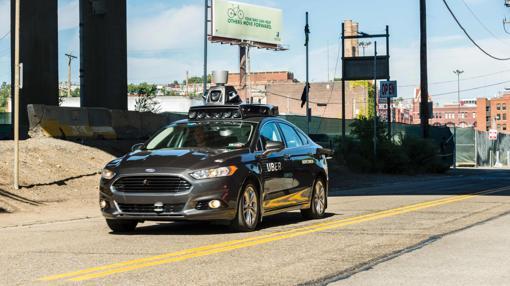 Uno de los coches de Uber en Pittsburgh, Pennsylvania