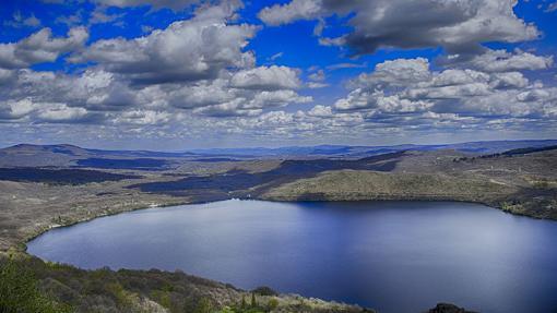 Cinco lagos con leyenda para visitar en otoño
