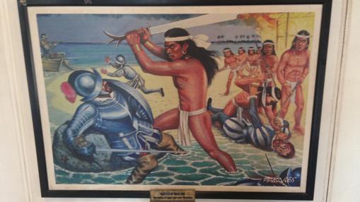 El guerrero Lapu Lapu mata a Magallanes en una reproducción de las que se encuentra en la Basílica del Santo Niño