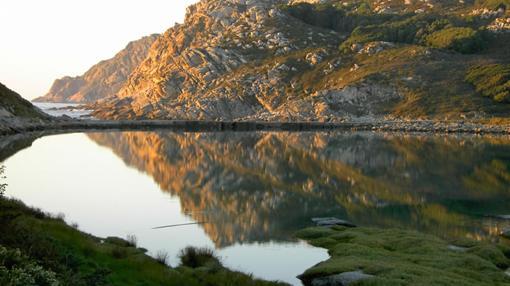 Un lago en las islas Cíes