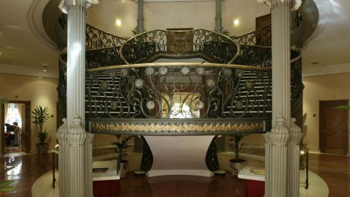 Escalera principal del Palacio de Longoria