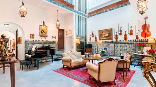 Patio interior del Hotel Amadeus. Fuente: hotelamadeussevilla.com