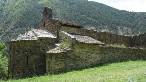 Una vista del exterior de San Pedro del Burgal
