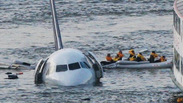 El amerizaje del Airbus 320 de US Airways en el río Hudson, en 2009