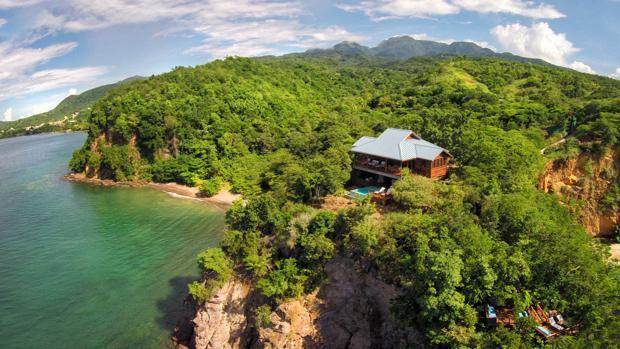 Vistas del impresionante de una de las villas de Secret Bay, un hotel de la isla de Dominica