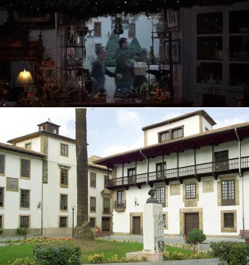 En la parte superior el fotograma del anuncio con los vecinos caminando por el casco histórico de Villaviciosa, a su lado la escultura conmemorativa del desembarco de Carlos V. Imagen inferior localización del casco histórico