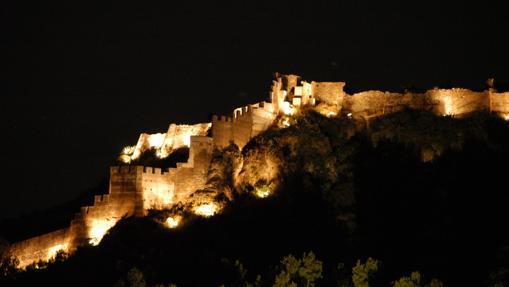 Castillo de Sagunto, iluminado