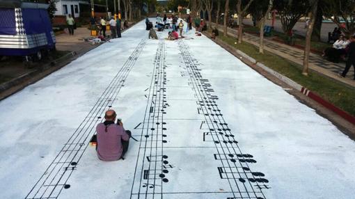 Pintura de la partitura de la Cumparsita, considerado el tango más famoso del mundo, en la localidad uruguaya de San Gregorio de Polanco