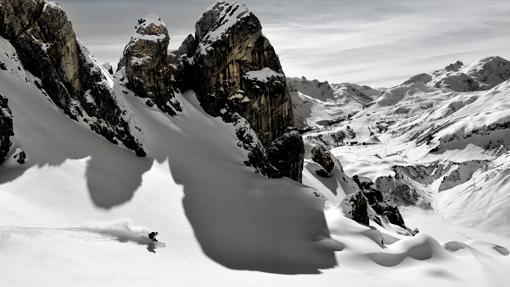 Las cumbres blancas de Arlberg, la estación de esquí más grande de Austria