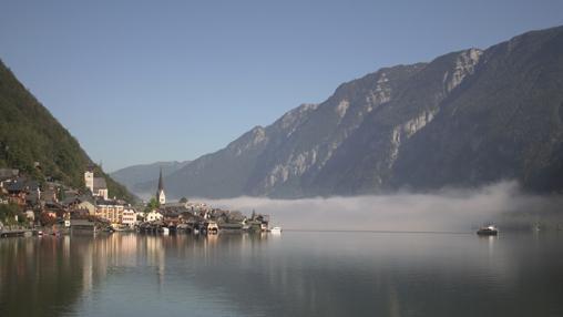 Hallstatt, con su lago, uno de los pueblos más bonitos de Austria