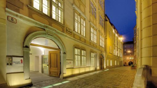 Cae la noche sobre la casa de Mozart, en Viena