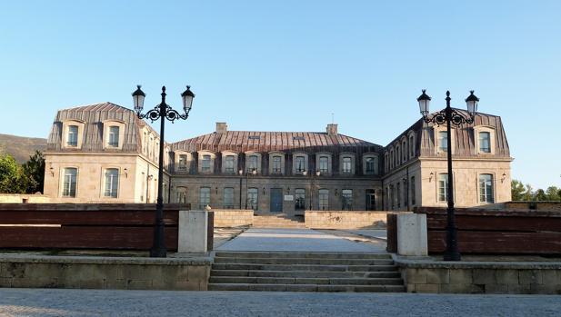 El desconocido Palacio de los Duques de Alba en un pueblo de Ávila
